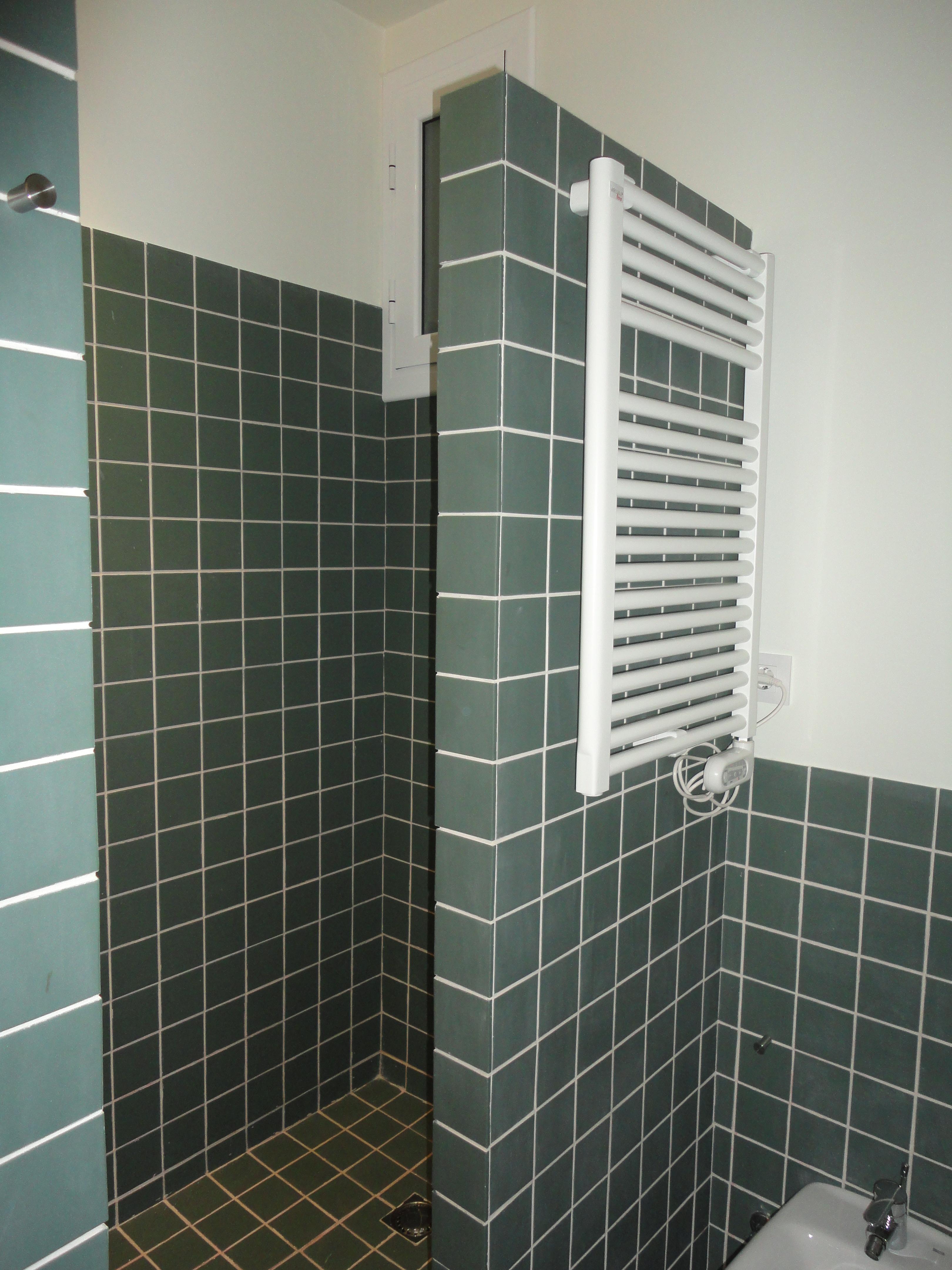 Ventajas de una ducha de obra noticias rehabigrup - Mamparas para duchas de obra ...